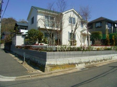 栄区 庄戸の庭